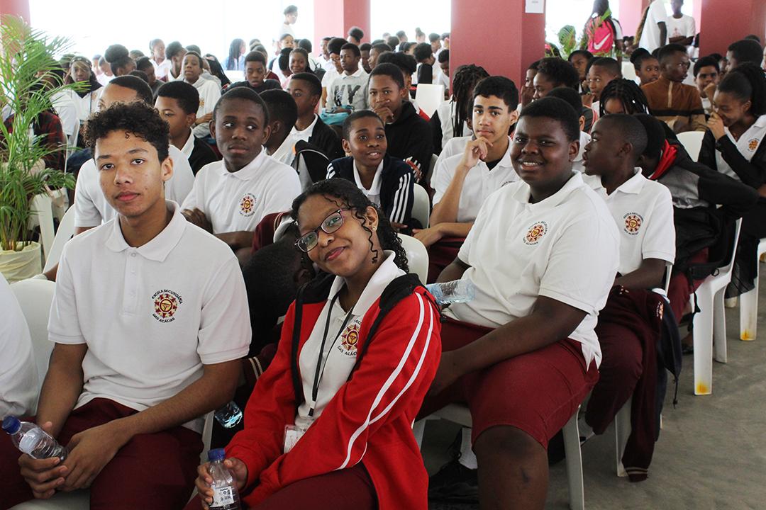 Estudantes Escola Secundaria das Acacias