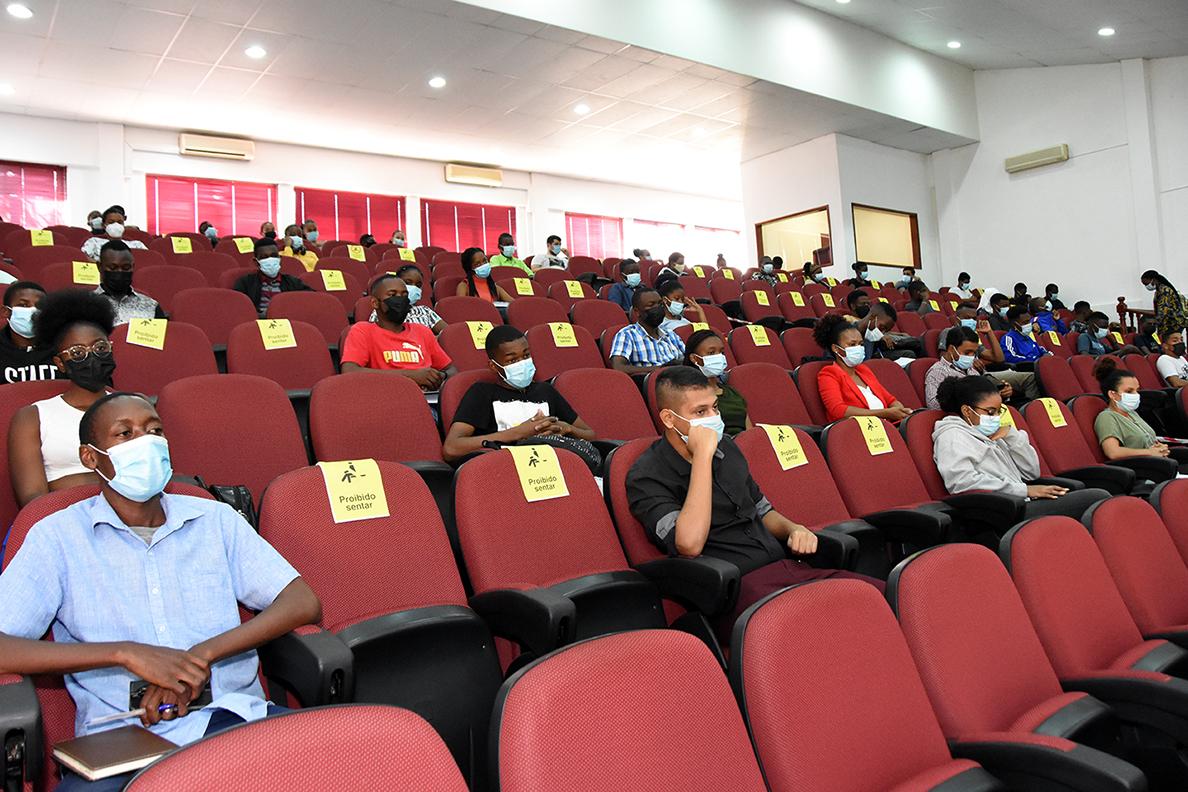 Participantes (2)